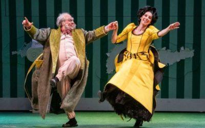 Teatro Comunale Bologna. La Sartoria Teatrale Arrigo affianca Stefania Scaraggi nel Barbiere di Siviglia